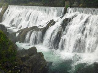 「長篠堰堤余水吐(ながしのえんていよすいはき)」愛知県新城市