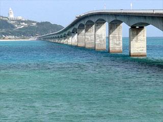 古宇利大橋「屋我地島側より」沖縄県今帰仁村・名護市